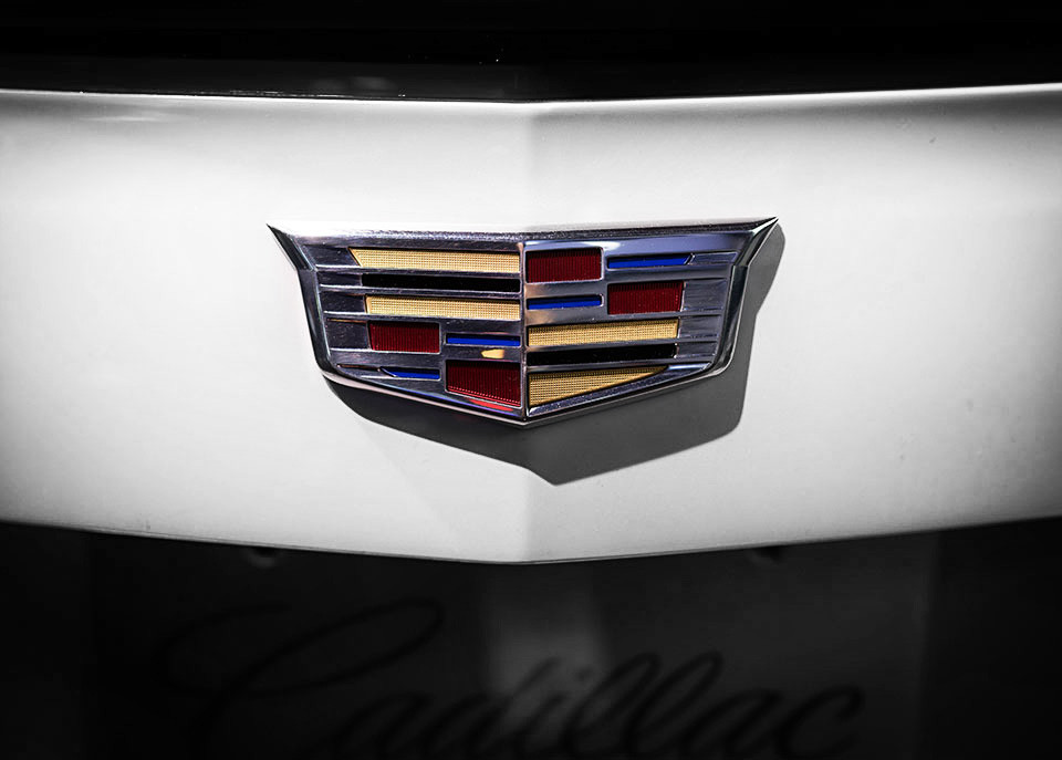 NAIAS-2014-Day-Two---ATS-Coupe-Reveal---Cadillac-Crest_select