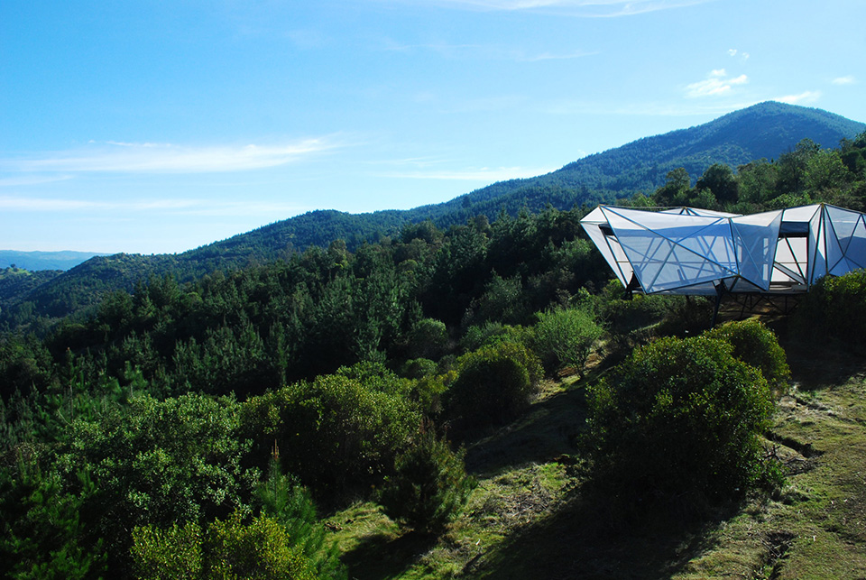 Contemporary Camping Shelter by Rodrigo Cáceres Céspedes 1