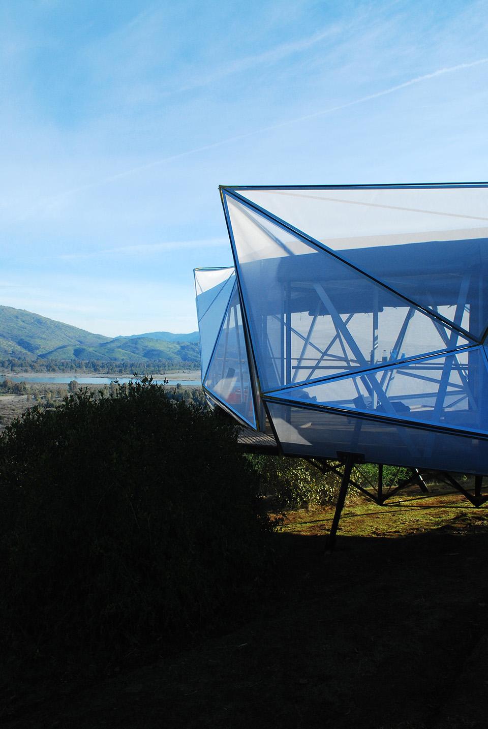 Contemporary Camping Shelter by Rodrigo Cáceres Céspedes 2