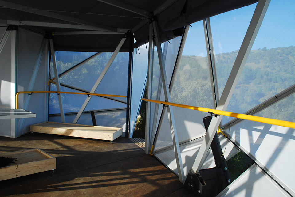 Contemporary Camping Shelter by Rodrigo Cáceres Céspedes 5