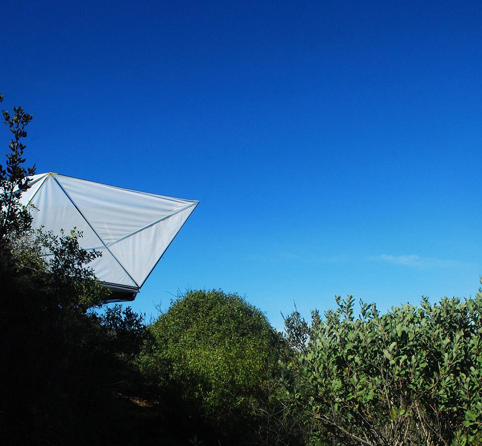 Contemporary Camping Shelter by Rodrigo Cáceres Céspedes 8
