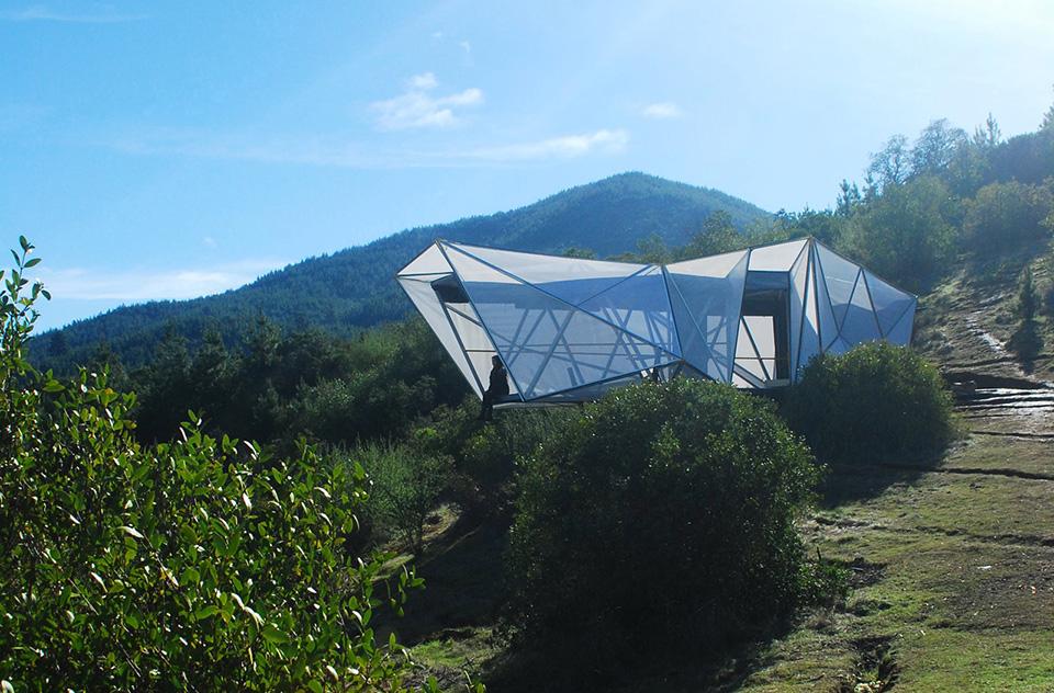 Contemporary Camping Shelter by Rodrigo Cáceres Céspedes 9