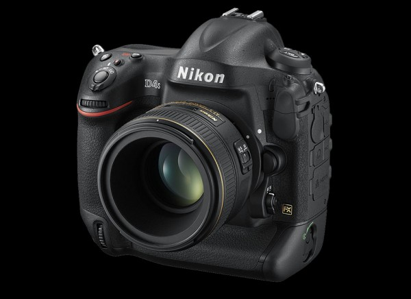 Nikon D4s DSLR 5 600x436 Nikon D4s DSLR: Nikons Newest Pride and Joy