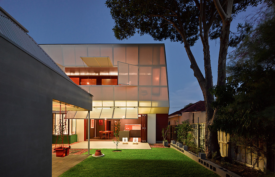 Casa 31_4 Room House by Caroline Di Costa Architect and Iredale Pedersen Hook Architects 8