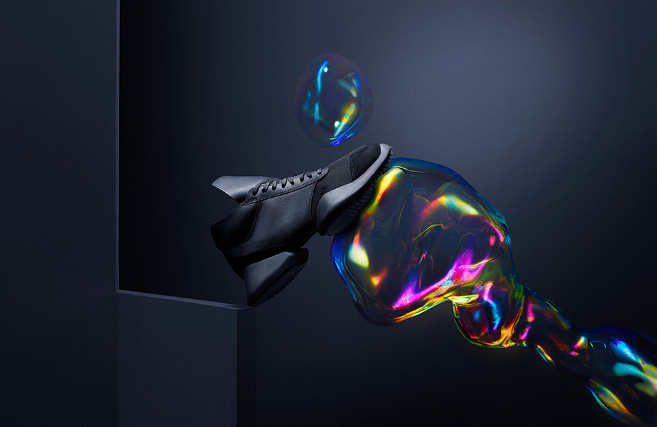 Oki-Ni Hybrid Sneakers – Images by Sam Hofman and Andrew Stellitano 2