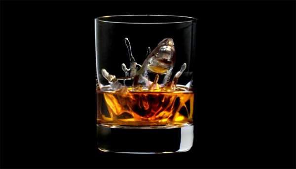 Suntory 3D on the Rocks Shark 600x344 3D Milled Ice Cubes for Artful Whisky Cocktails