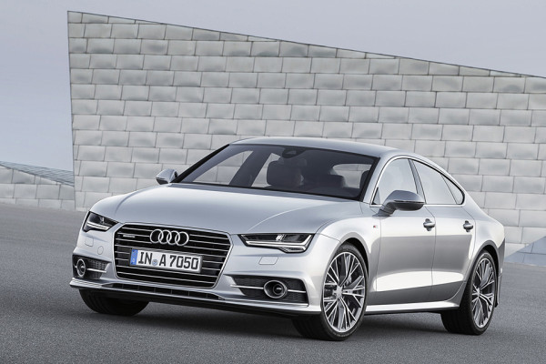 2015 Audi A7 Sportback - Front Angle Architecture