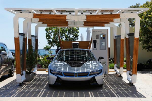 BMW Solar Carport 600x400 BMW Solar Carport Provides Grid Free Driving