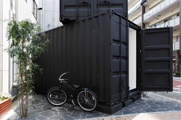 CC4441 by tomokazu hayakawa 4 600x400 Shipping Container Art Gallery by Tomokazu Hayakawa Pops Up in Tokyo