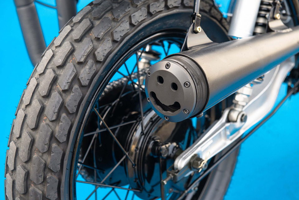 Deus Ex Machina Smirk Custom Motorcycle 7