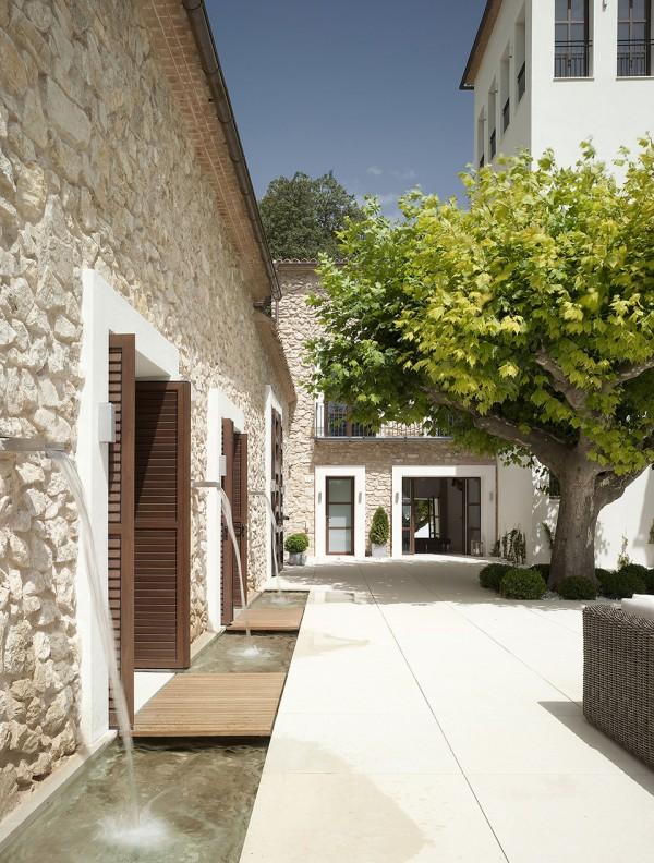 La Hedrera - a Palacial Spanish Estate by Hernández Arquitectos 2