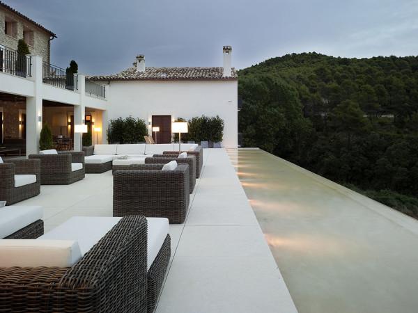 La Hedrera - a Palacial Spanish Estate by Hernández Arquitectos 5