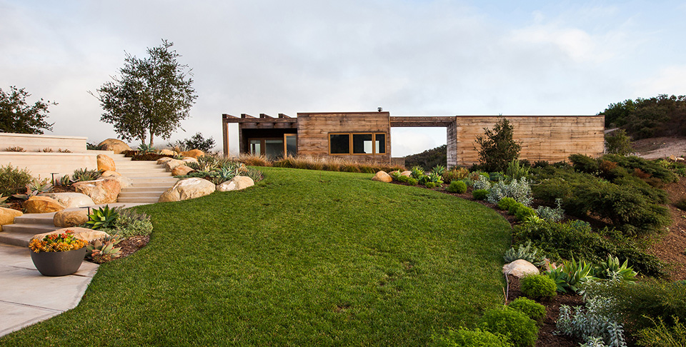 Toro Canyon House by Bestor Architecture 1