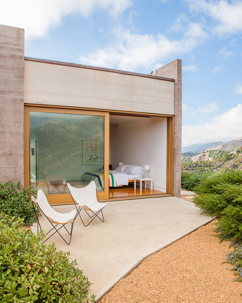 Toro Canyon House by Bestor Architecture 9