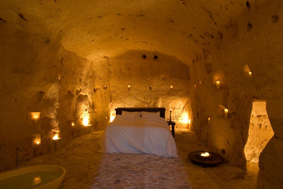 sextantio-della-civita-abandoned-cave-hotel-by-Daniele-Kihlgren-11