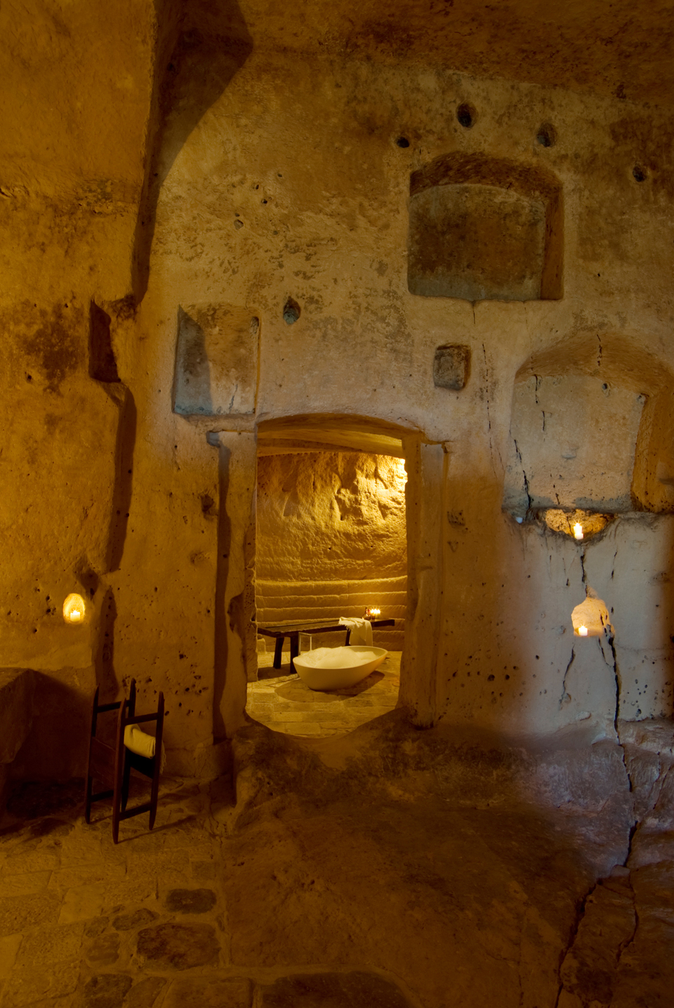 sextantio-della-civita-abandoned-cave-hotel-by-Daniele-Kihlgren-12