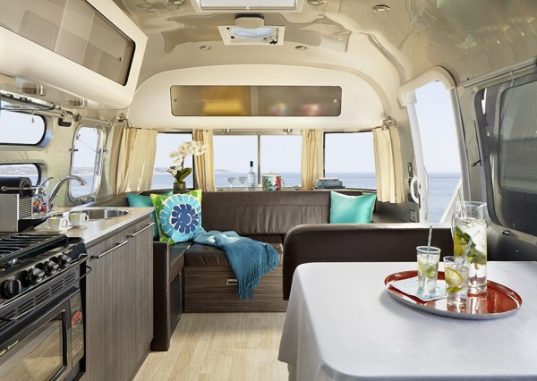 AKA Mobile Suite Boutique Hotel Airstream 5 600x426 AKA Mobile Suite is a Boutique Hotel Room To Go