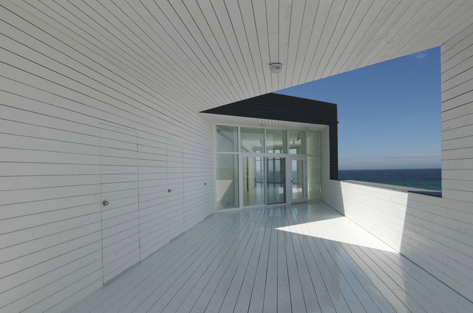 Fogo Island Long Studio by Saunders Architecture 2