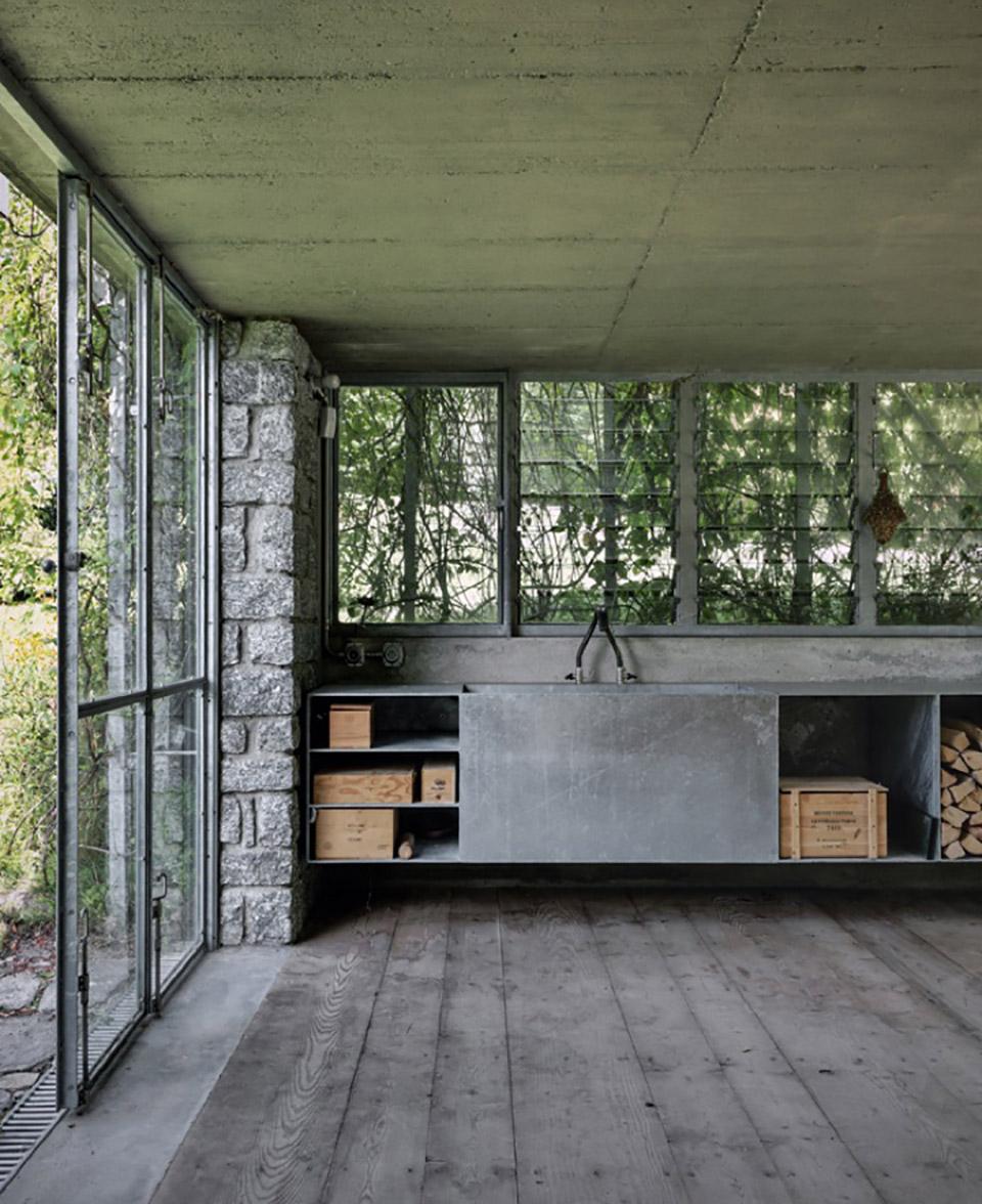 Green Box Overgrown Wilderness Studio 6