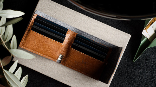Fathers Day Gift Guide 2014 Hard-Graft-Snap-Wallet-5