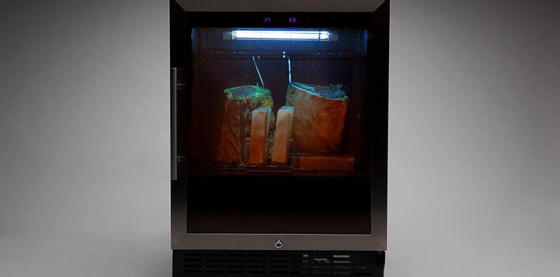 Steaklocker Dry Aged Steak Refrigerator