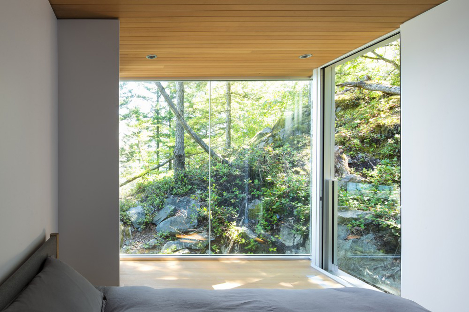 gambier-island-house-by-mcfarlane-green-biggar-10