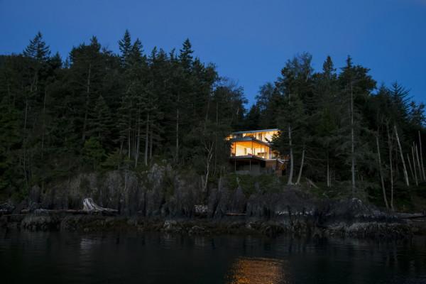 Gambier Island House 6