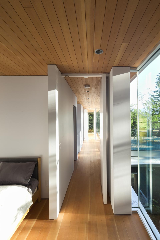 gambier-island-house-by-mcfarlane-green-biggar-7