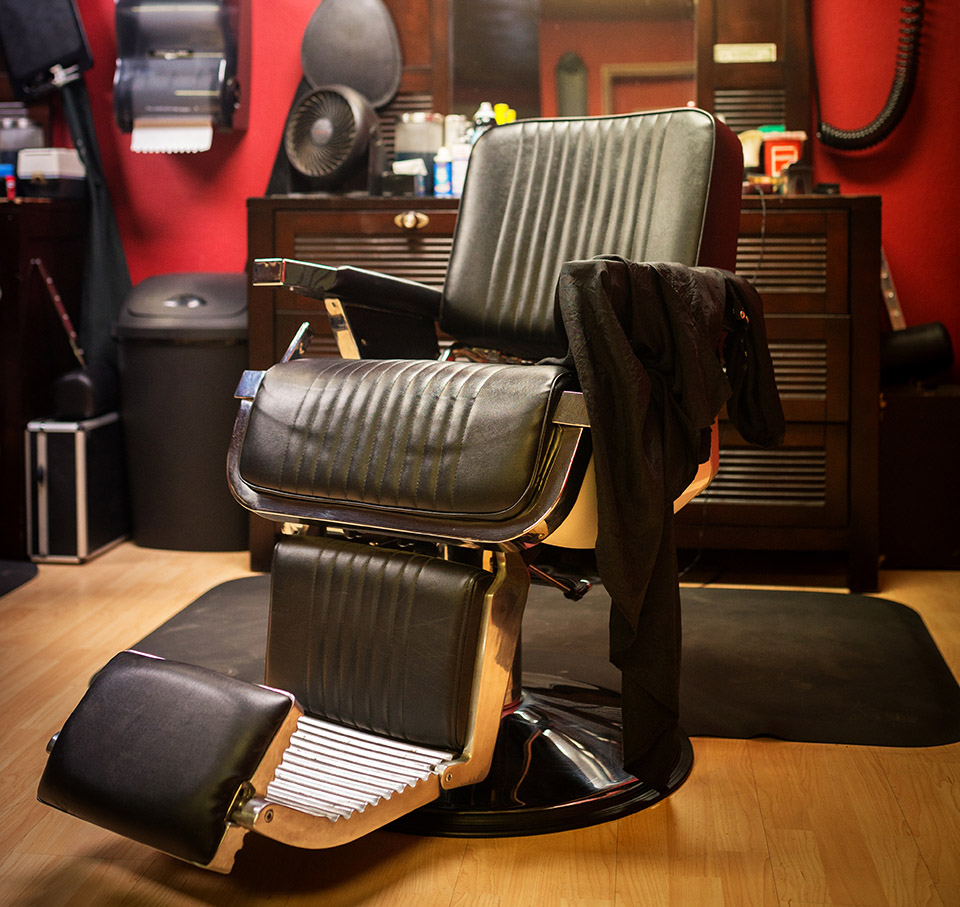 View In Gallery Man Cave Tampa   Barber Chair_crop