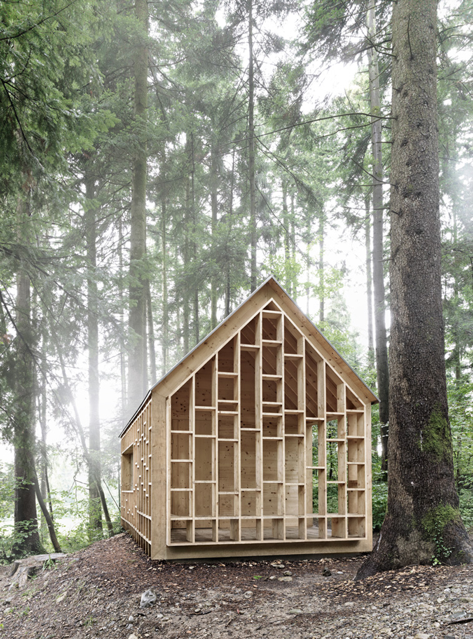 house-for-forest-owls-by-Bernd-Riegger-5