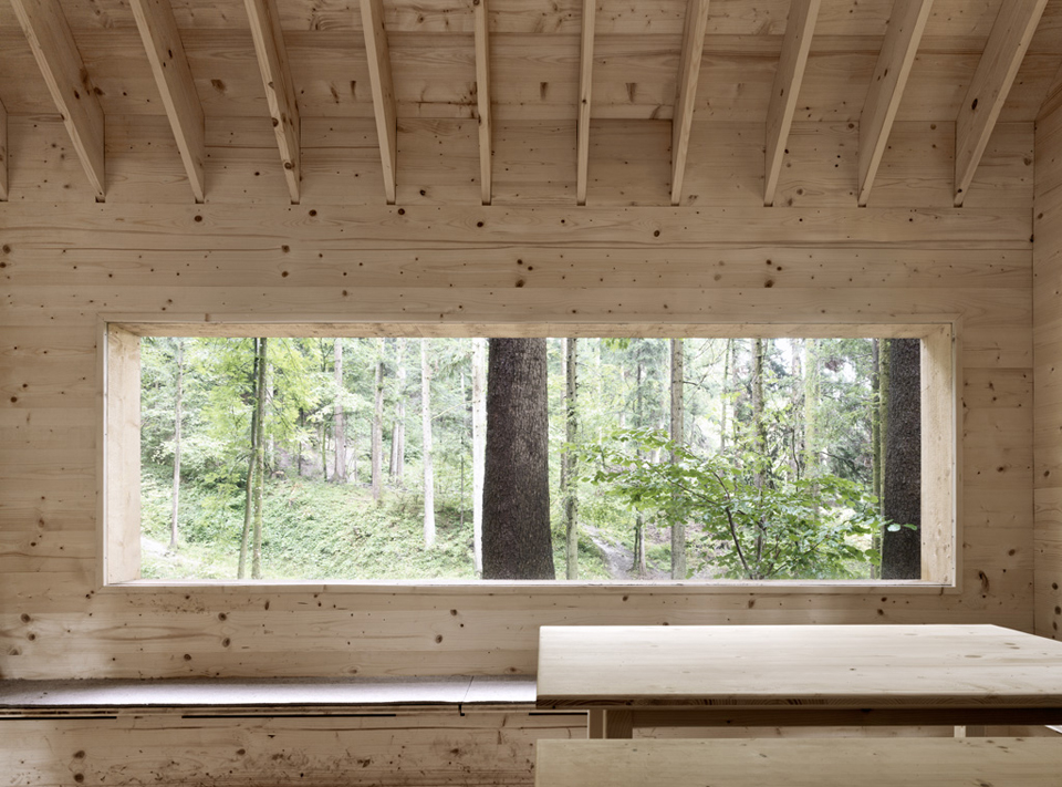 house-for-forest-owls-by-Bernd-Riegger-9