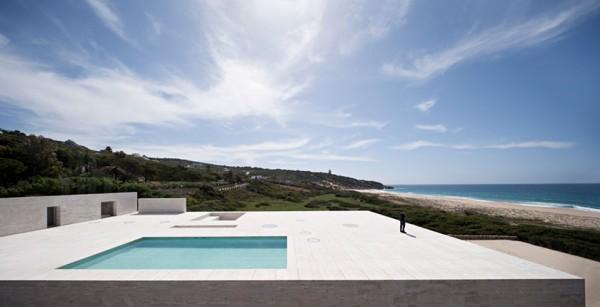 house of the infinite by alberto campo baeza 4 600x307 House of the Infinite is a Stoic Seaside Temple