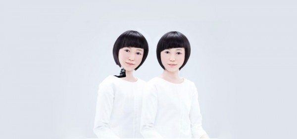 Humanoid Robots - Japanese Newscaster Robot Twins