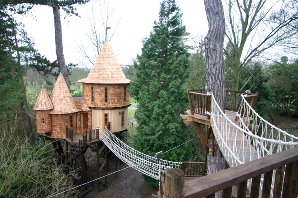 living-the-highlife-treehouse-by-blue-forest-design-1