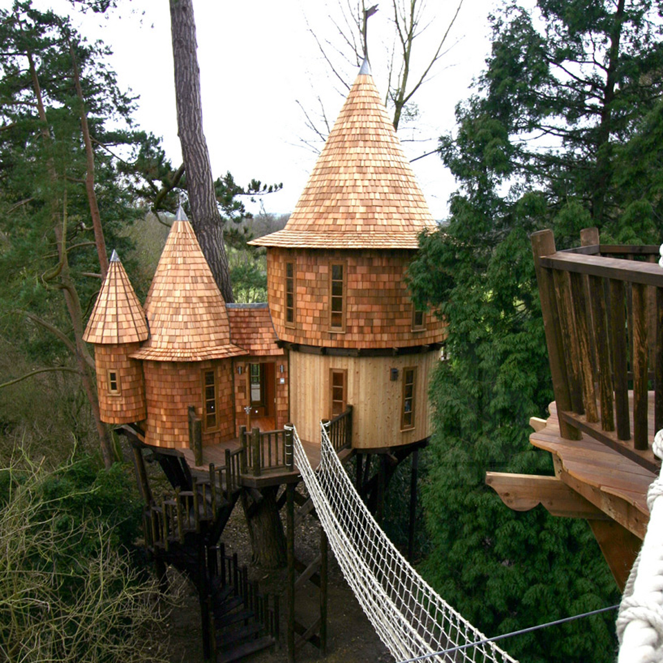 living-the-highlife-treehouse-by-blue-forest-design-2