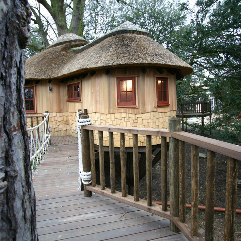 living-the-highlife-treehouse-by-blue-forest-design-7