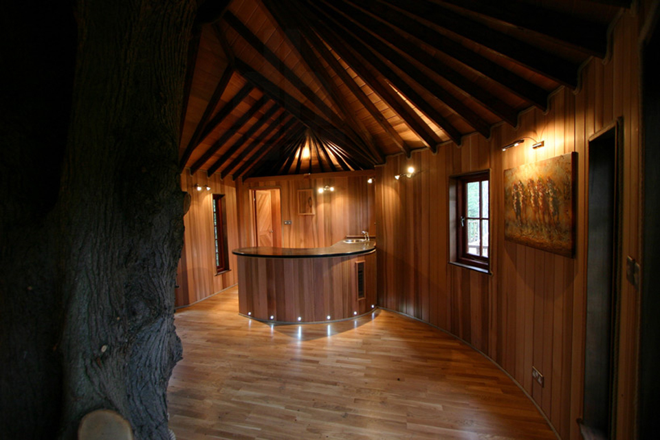 living-the-highlife-treehouse-by-blue-forest-design-9
