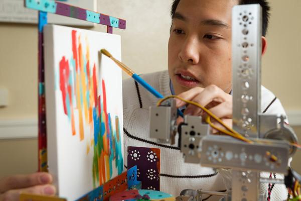 Humanoid Robots - Painting Surgery Robot