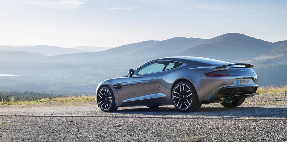 2015 Aston Martin Vanquish 1