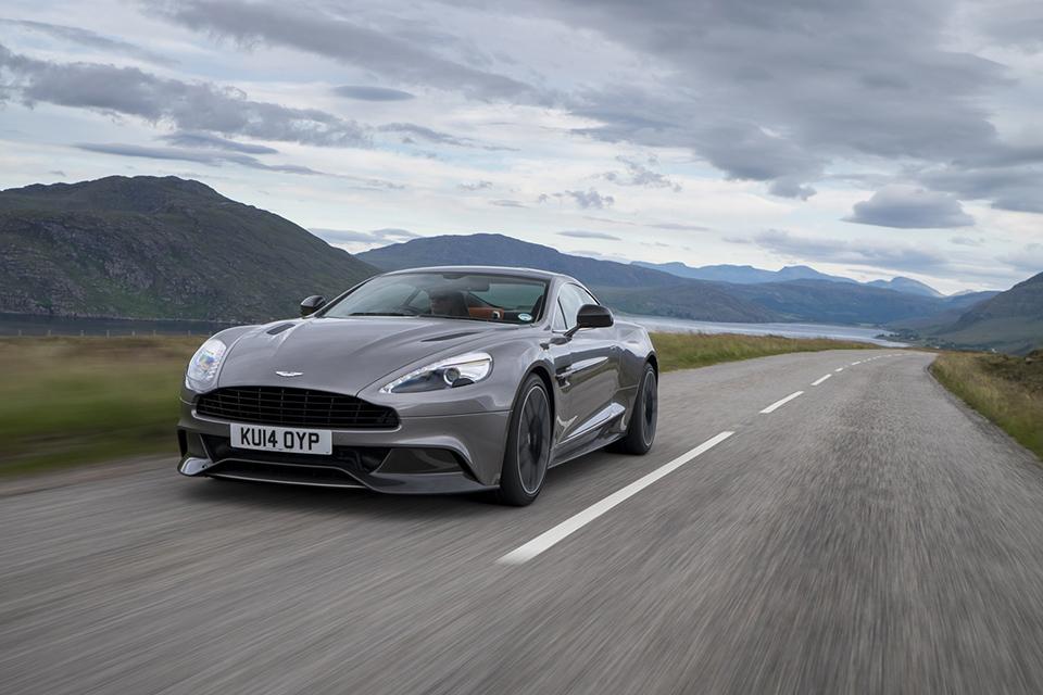 2015 Aston Martin Vanquish 3