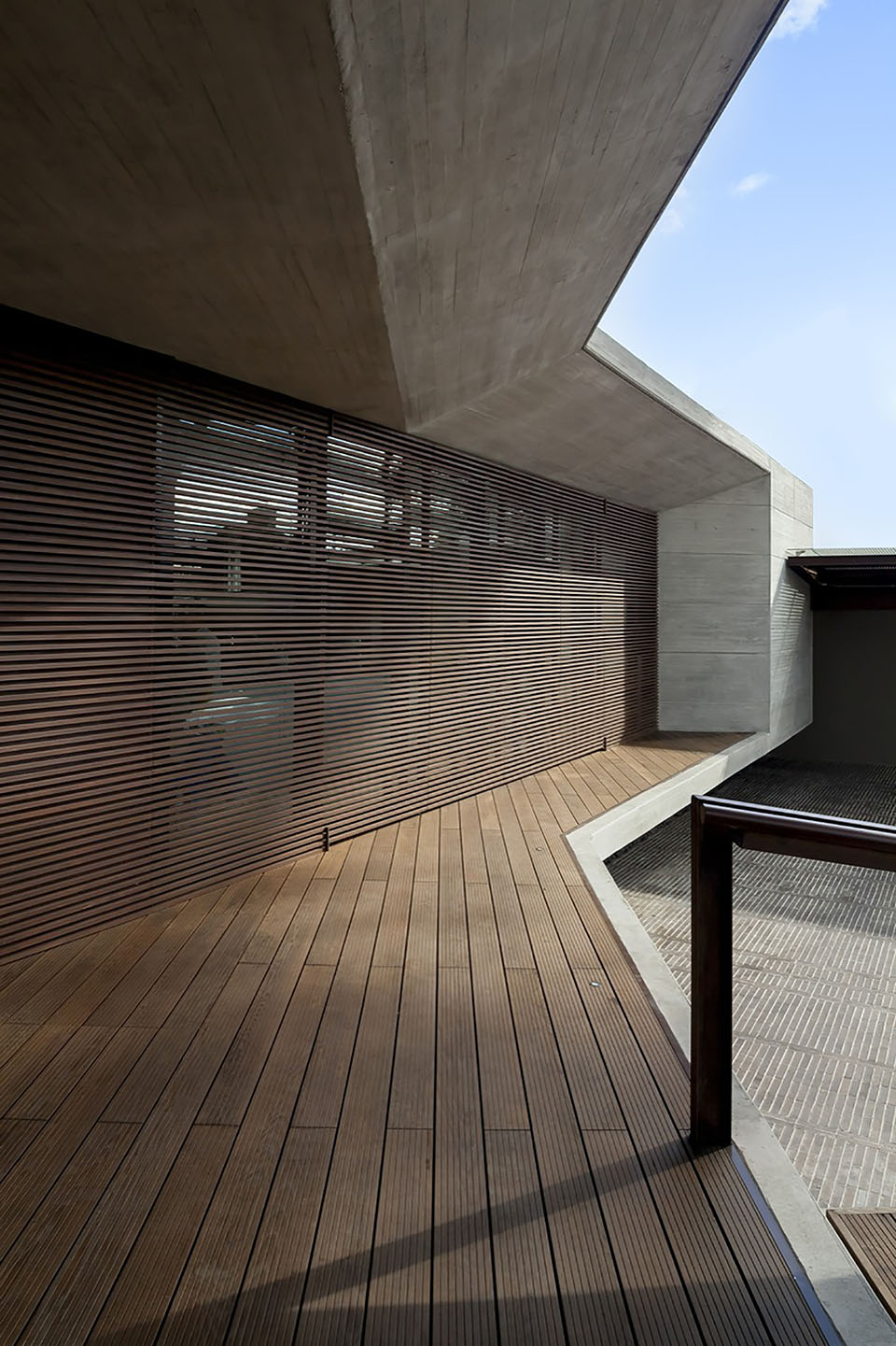 CR House by H+H Architects 4