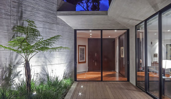 CR House by H+H Architects 5