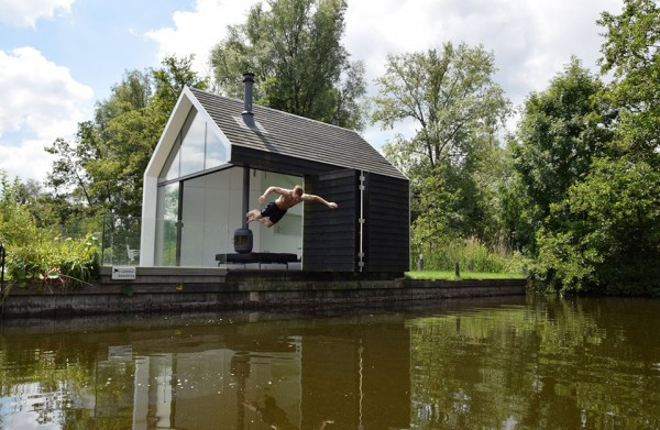 Dutch Contemporary Tiny House by 2by4-architects 4