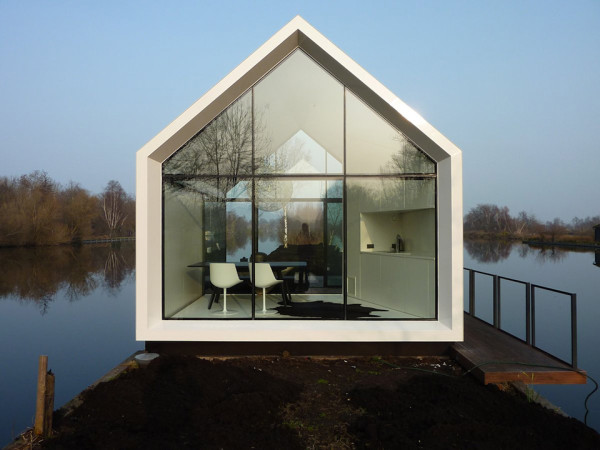 contemporary tiny house on an island by 2by4