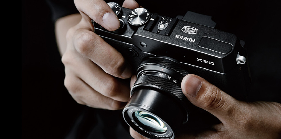 Fujifilm X30 Compact Digital Camera hero
