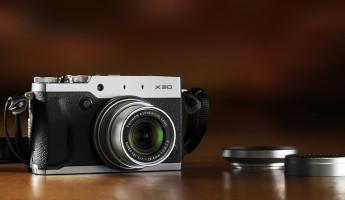 Fujifilm X30 Compact Digital Camera 4