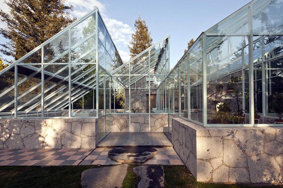 Glass Conservatory House by Lorenzo Alvarez Arquitectos 5