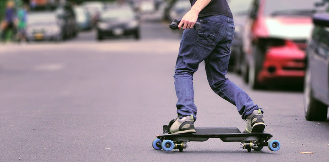Leif Electric Snowboard 1