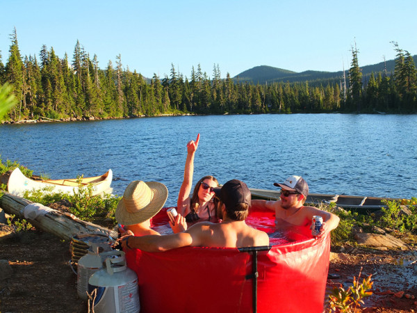 Nomad Collapsible Hot Tub 4 600x450 Nomad Collapsible Hot Tub Makes You the King of the Camp Site