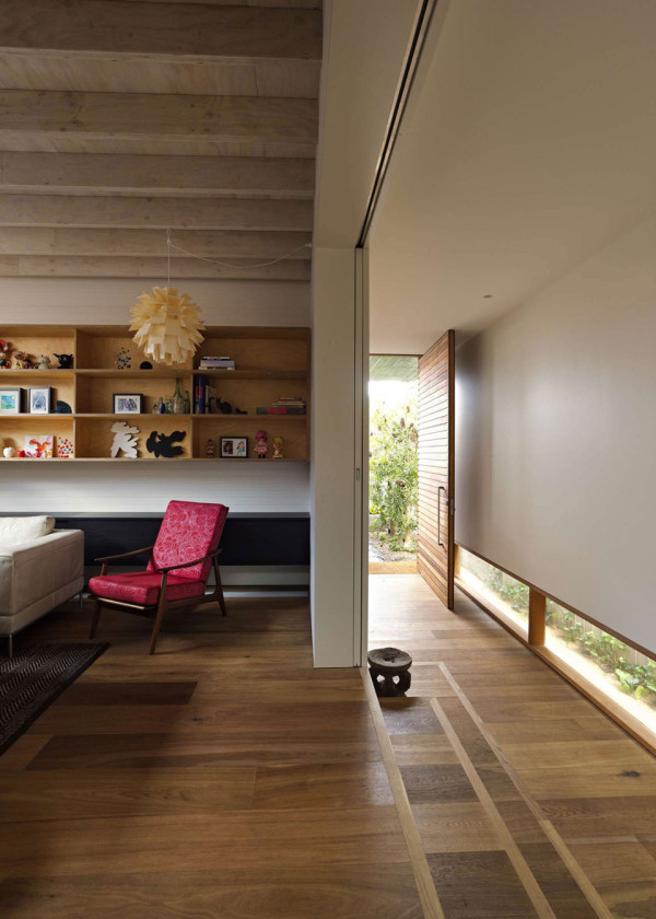 Plywood House II by Andrew Burges Architects 6